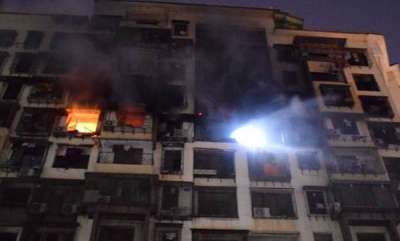 india-seven-dead-two-injured-as-major-fire-breaks-out-in-mumbai-building