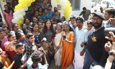 latest-news-manju-warrier-gifted-home