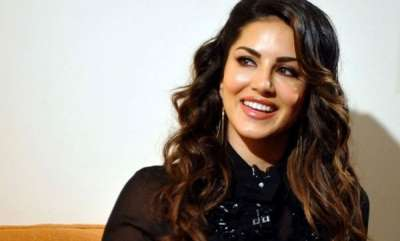 latest-news-sunny-leone-wanted-to-act-with-mohanlal