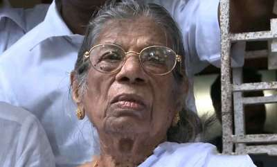 latest-news-kr-gauriamma-join-hand-with-women-wall