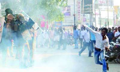 kerala-hartal-over-sabarimala-issue-begins-in-kerala