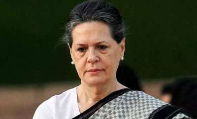 india-sonia-gandhi-stops-congress-mps-from-protesting-against-women-entry