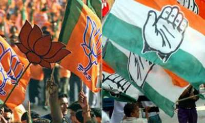 latest-news-congress-leader-garlands-bjp-rss-workers-who-held-for-violence-in-harthal