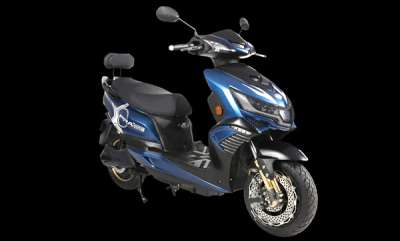 auto-okinawa-receives-450-bookings-for-i-praise-electric-scooter-sold-out-for-2018