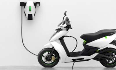 auto-smart-scooter-for-rent-in-delhi
