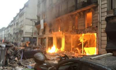 world-several-injured-in-powerful-blast-at-paris-bakery-police