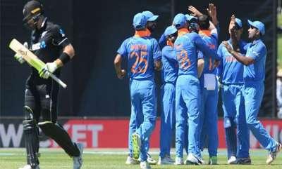 sports-news-india-need-158-runs-to-win-over-newziland