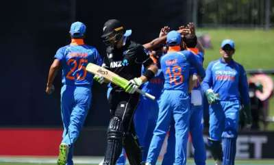 sports-republic-day-gift-india-crush-new-zealand-by-90-runs-to-take-2-0-lead