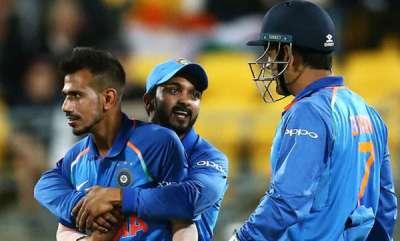 latest-news-india-vs-new-zealand-ms-dhonis-brilliant-throw-sends-jimmy-neesham-back-nz-seven-down