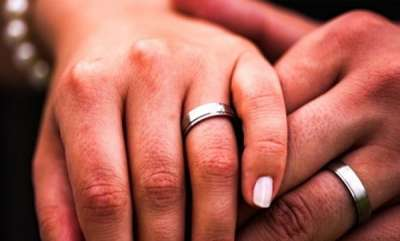 rosy-news-andhra-pradesh-bureaucrat-to-spend-just-rs-18000-on-sons-wedding