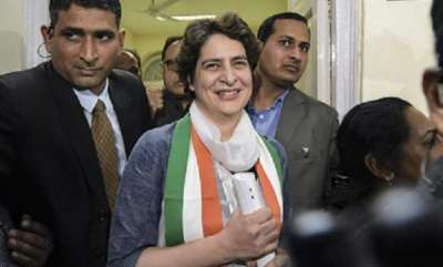 latest-news-priyanka-gandhis-first-public-appearance-will-be-in-luknow