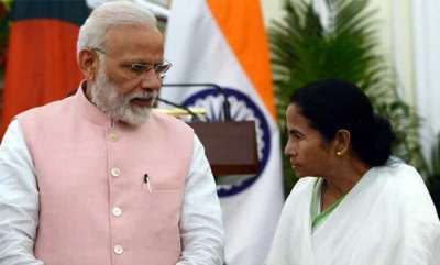 latest-news-didi-eyes-delhi-has-left-bengal-to-middlemen-pm-modi-hits-out-at-mamata-banerjee