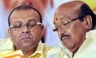 latest-news-for-vellappallys-mouth-shut-bjp-wants-thushar-must-contest-in-election