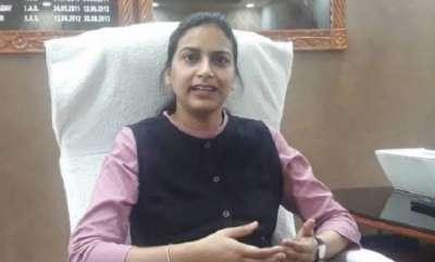 latest-news-bihar-dm-adopts-daughters-of-martyred-crpf-jawans