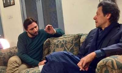 latest-news-absolutely-crystal-clear-shahid-afridi-on-imran-khans-pulwama-reaction