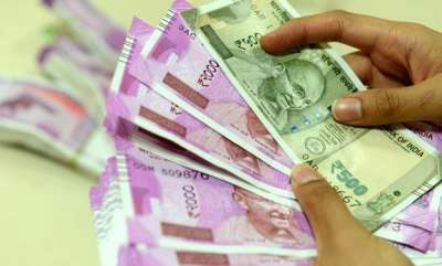 latest-news-employees-provident-fund-interest-rate-hiked-to-865-for-2018-19-report