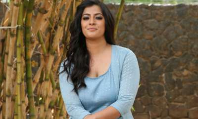 latest-news-varalakshmi-sarathkumar-about-prabhas