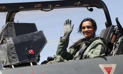 latest-news-pv-sindhu-flies-in-made-in-india-tejas-fighter-jet-at-bengaluru-air-show