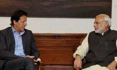 india-give-peace-a-chance-pakistans-imran-khan-tells-pm-modi