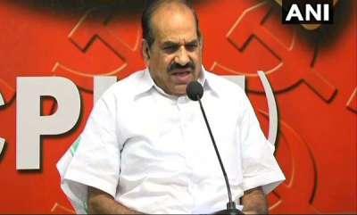 kerala-rss-issues-legal-notice-against-kodiyeri-over-his-gandhi-remarks