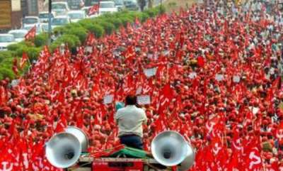 latest-news-cpm-create-long-march-for-maharashtra-farmers-suicides-for-kerala-farmers