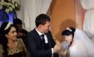 latest-news-slap-on-wedding-video-goes-viral