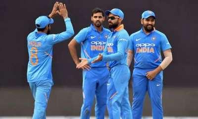 latest-news-india-vs-australia-5th-odi-usman-khawaja-peter-handscomb-take-australia-to-2729