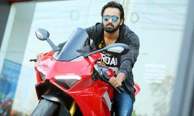 auto-unni-mukundan-about-his-love-for-bikes