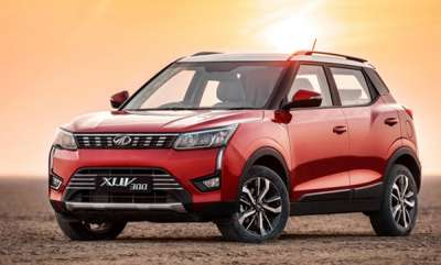 auto-mahindra-xuv300-bookings-cross-13000-units
