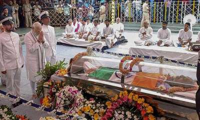 latest-news-inquiry-ordered-into-purification-of-place-where-manohar-parrikars-body-was-kept