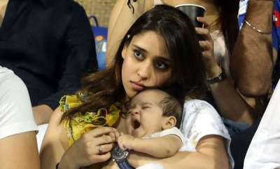 sports-news-rohit-sharmas-daughter-samaira-catches-attention-in-mumbai-indians-first-ipl-match
