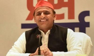 latest-news-first-he-came-as-chaiwala-now-he-has-returned-as-chowkidar-akhilesh-slams-pm-modi
