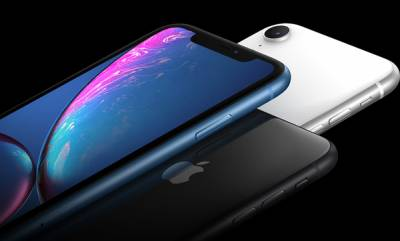 mobile-apple-cuts-down-iphone-xr-price