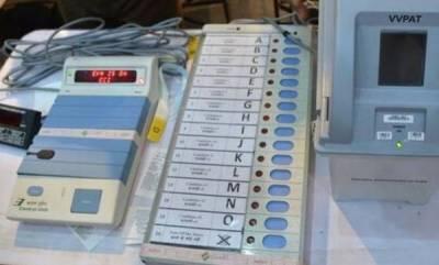 latest-news-voting-machine-vandalised-in-tmc-bjp-violence