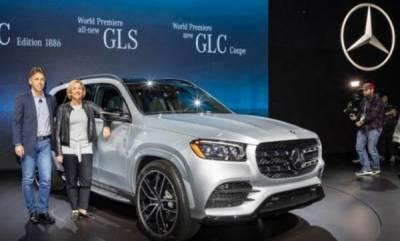 auto-new-gls-mercedes-benz