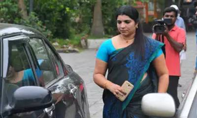 latest-news-saritha-s-nair-files-nomination-in-amety