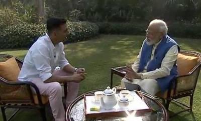 india-mamata-didi-gifts-me-kurtas-every-year-pm-modi-tells-akshay-kumar
