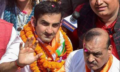 latest-news-bjps-candidate-gautam-gambhir-has-two-voter-id-cards-aap-files-police-complaint