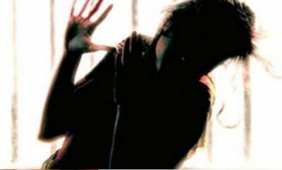 latest-news-moral-policing-in-kannur-girl-attacked