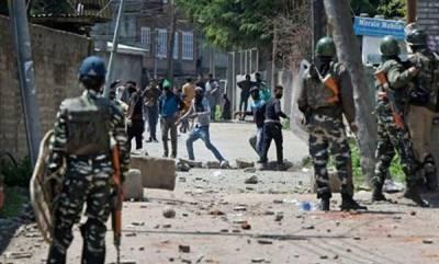 india-grenade-hurled-at-poling-station-at-jammu-and-kashmir