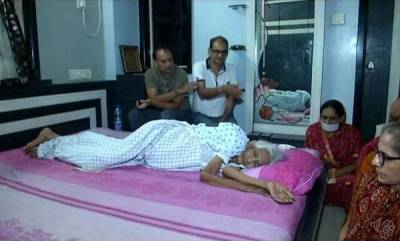 latest-news-gujarat-woman-82-begins-santhara-a-voluntary-fast-until-death