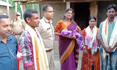 latest-news-muslim-man-helps-hindu-neighbours-pregnant-wife-to-hospital-defies-curfew-takes