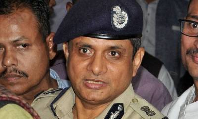 -saradha-scam-ex-kolkata-cp-rajeev-kumar-moves-sc-seeking-extension-of-protection