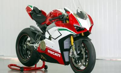 auto-ducati-panigale-v4-sold-out