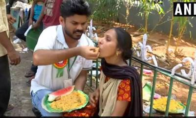 rosy-news-hyderabad-man-sets-world-record-for-serving-food-to-1000-people-in-a-day