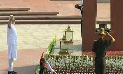 india-ahead-of-swearing-in-modi-pays-tributes-to-gandhi-vajpayee