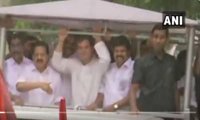 latest-news-congress-president-rahul-gandhi-arrives-at-wayanadu