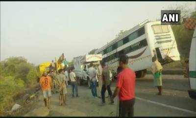 latest-news-11-dead-and-25-injured-after-brake-of-a-bus-failed