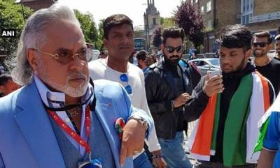latest-news-vijay-mallya-met-with-chor-hai-cries-at-india-australia-match