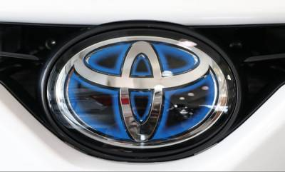 auto-toyota-will-make-e-vehicle